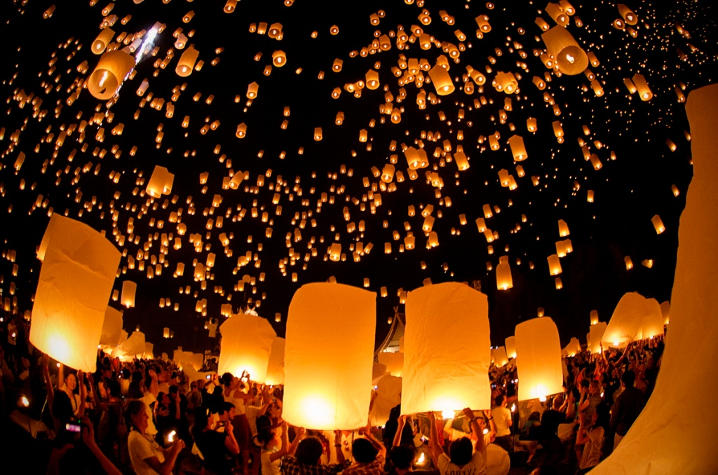The Festival of Floating Lanterns in Thailand